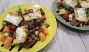 Salade gourmande à l'halloumi et gésiers de volaille