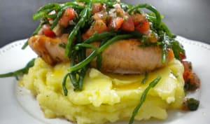 Pavé de saumon, sauce vierge aux salicornes