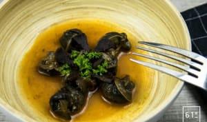 Escargots à l'italienne relevés d'ail noir