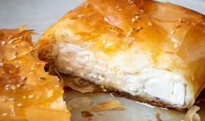 Feuilleté grec à la feta, au miel et graines de sésame