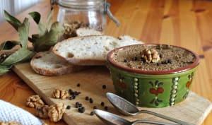 Pâté aux champignons, noix et sauge