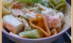 Salade de pâte saumon surimi concombre