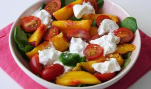 Salade nectarine burrata tomate