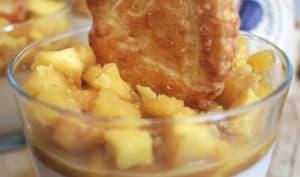 Panna cotta au caramel beurre salé et ses pommes caramélisées