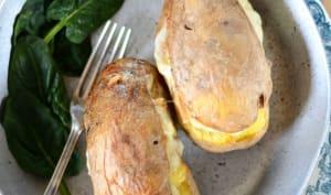 Raclette revisitée dans des pommes de terre au four