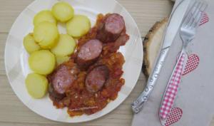 Saucisse de Montbéliard à la sauce tomate