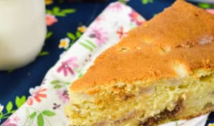 Gâteau moelleux poires et pralinoise