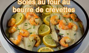 Soles au four, beurre de crevettes à la ciboulette
