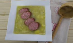 Soupe jurassienne à la saucisse de Montbéliard