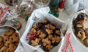 Biscuits de Noël aux noix couverture chocolat