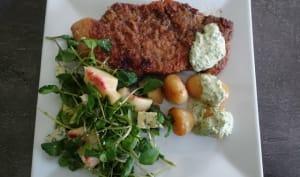 Côtelette de porc avec sauce verte aux herbes