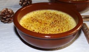 Crème brûlée à la cassonade, à la cannelle et à la confiture de lait