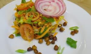 Salade de carottes, pomme grany smith, coriandre, poids chiches grillés, vinaigrette à l'ancienne