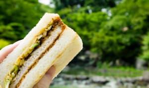 Sandwich japonais au porc pané