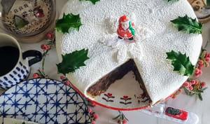 Comment recouvrir un christmas cake, avec une pâte d'amande et une pâte à sucre