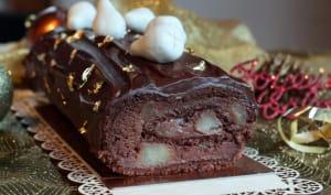 Bûche roulée à la poire, chocolat et pralin