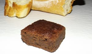 Gâteau extra chocolaté au pain sec