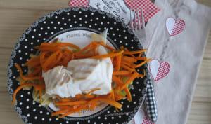 Dos de cabillaud sur lit de poireaux et carottes au lait de coco