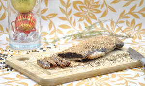 Magret de canard séché au poivre Voatsiperifery et romarin
