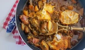 Chakchouka aux merguez, pommes de terre et épinards