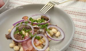 Salade de cocos, oignon rouge et vinaigre de persil