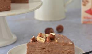 Gâteau de crêpes chocolat et noisettes