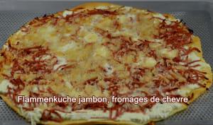 Flammenkuche jambon fromage de chèvre
