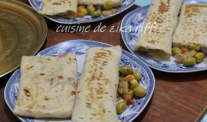 Burritos mexicain poulet veau et oeufs brouillés