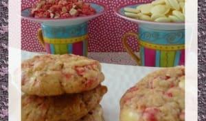 Cookies au chocolat blanc et pralines roses