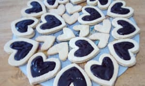 Les petits cœurs sablés au chocolat