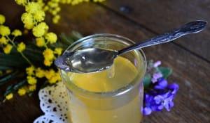 Gelée de fleurs de mimosa