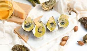 Huîtres et leur crème d'asperges, tuile de parmesan