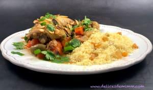 Tajine de poulet aux olives et aux amandes