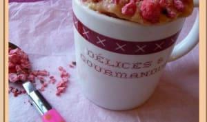 Mug cake aux pralines roses