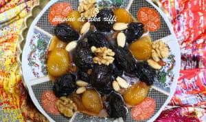 Tajine sucré salé aux pruneaux raisins secs et abricots à l'agneau