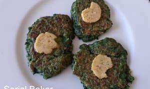 Pancakes aux épinards et beurre au citron vert