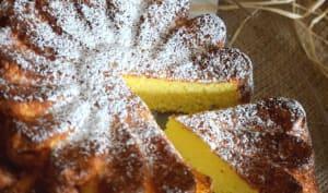 Gâteau léger à la noix de coco et son coulis de mangue