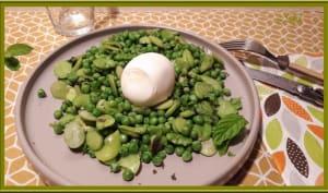Petits pois, fèves et œufs mollets