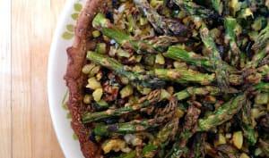 Tarte asperges, courgettes, poireaux base au sarrasin et petit épeautre