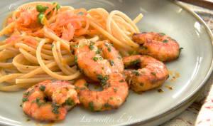 Crevettes grillées au paprika et persil