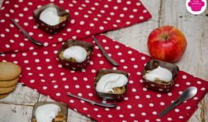 Verrines à la compotée de pommes caramélisées, biscuits et chantilly