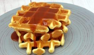 Gaufres croustillantes noisettes sauce caramel