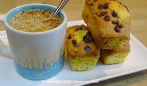Petits gâteaux à l'orange sanguine, aux graines de pavot et aux pépites de chocolat