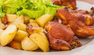Ailes de poulet sauce barbecue, pommes de terre sautées