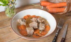 Sauté de veau aux carottes et vin blanc