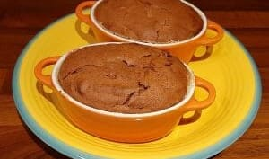 Soufflés au chocolat et aux griottes