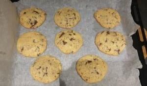 Cookies à la noisette et pépites de chocolat
