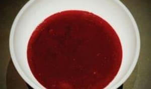 Coulis de fruits rouges maison. Une recette pour vos desserts