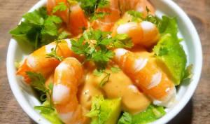 Avocat aux crevettes sauce cocktail