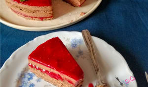 Entremets chocolat fraise et framboise